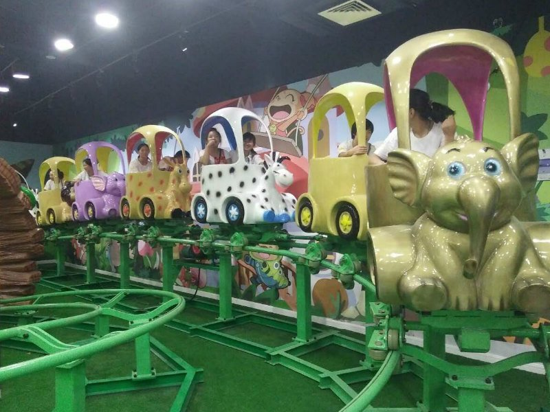 Train Jungle Animal Roller Coaster installed in SUNING RED KIDS THEME PARK