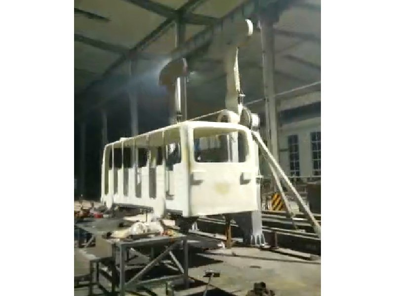 World-Fun Attraction Crazy Bus Funfair Games Factory Testing and Debugging before Painting